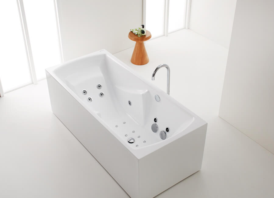 Ergo_Bath_still-small