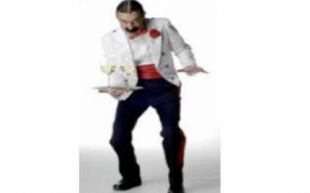 Comedy Waiter