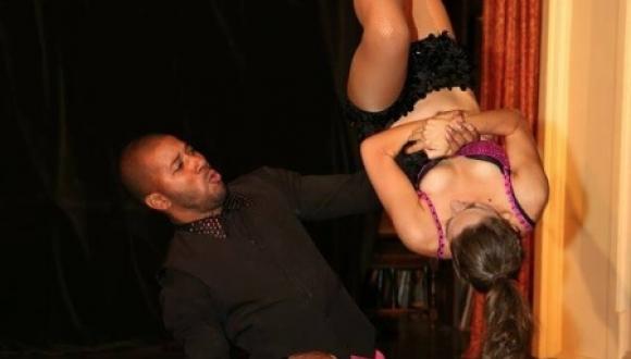 Acrobatic Salsa Dancers