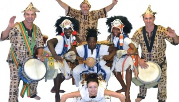 African Drummers and Dancers – SA