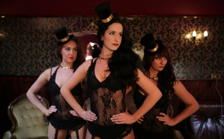 Burlesque Dancers VIC