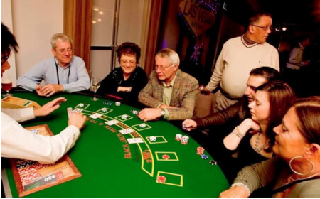 Poker and Casino Tables – Vic