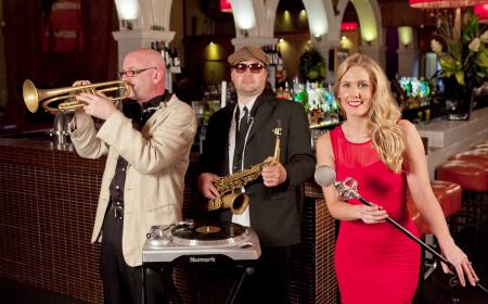 Savannah-Club-450-4-Melbourne-Cover-Band