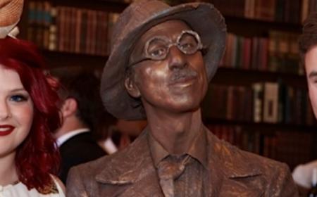 Statue Dan