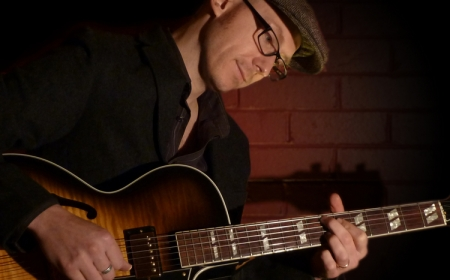Stuart – Jazz Guitarist