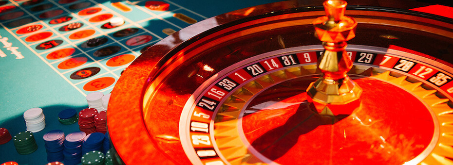 casino-gaming-tables-930-1