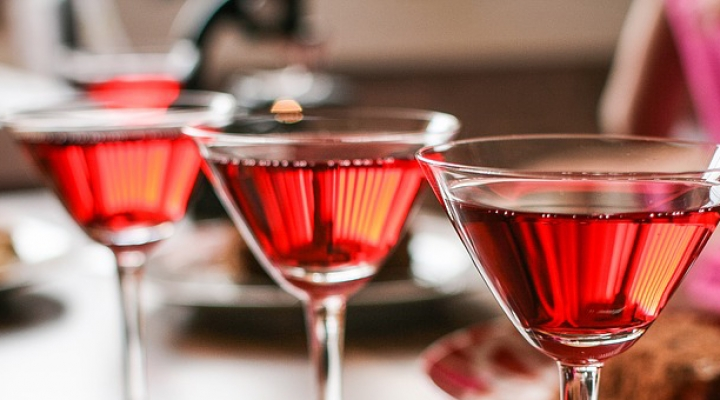 13 Cocktail Party Secrets Your Mother Didn't Teach You!
