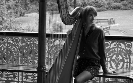 Michelle Doyle – Harpist