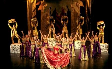 Bollywood Floorshow