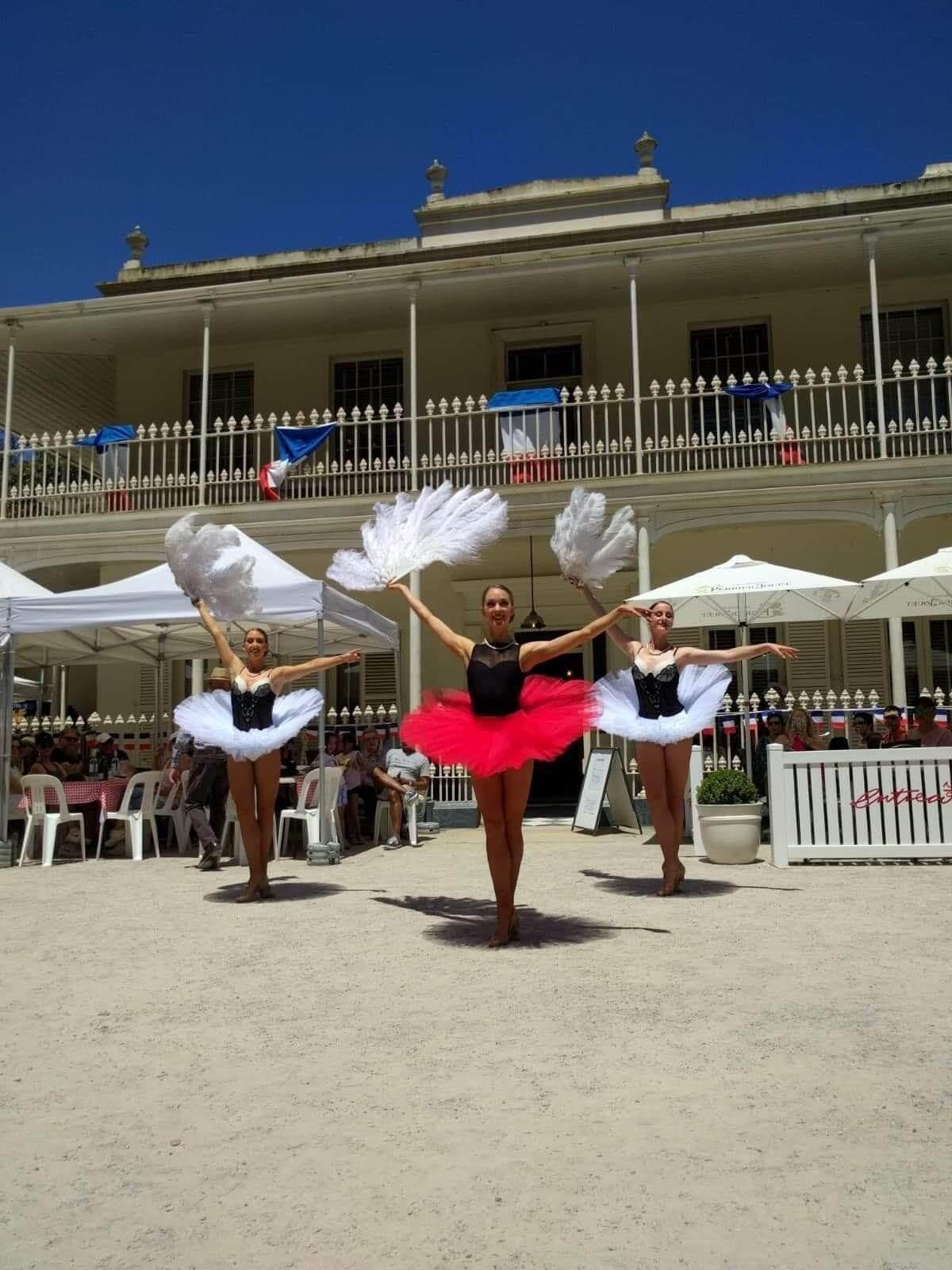 Can Can Parisian Dancers Melbourne