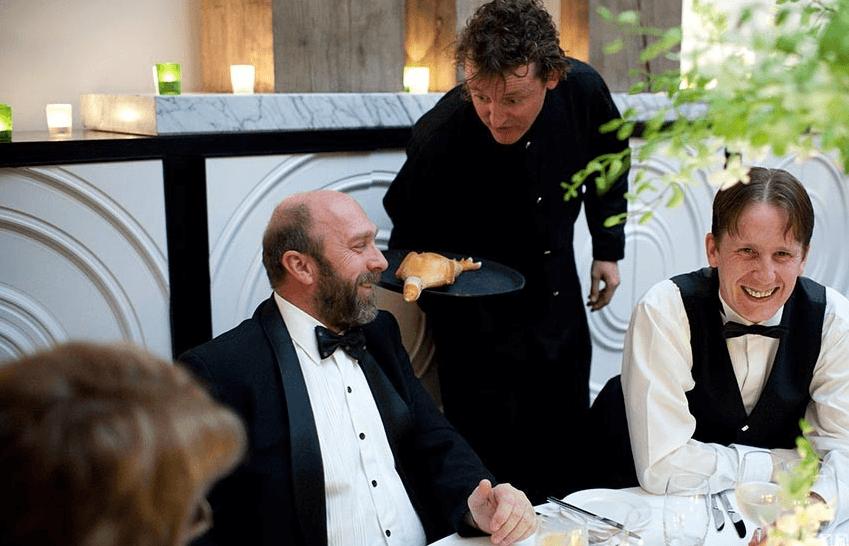Wobbly Waiters