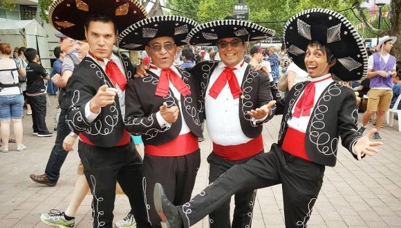 Three Amigos +1