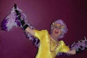 Dame Edna Average