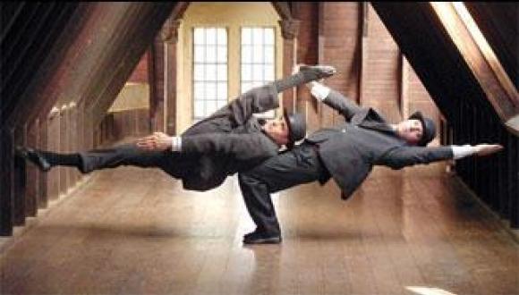 Duo Acrobats