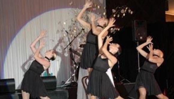 Glam Showgirls
