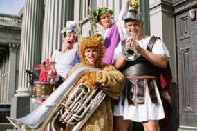 Roaming Romans