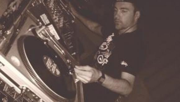 DJ Ash Lee