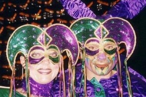 Balmasque – Masquerade Stilts