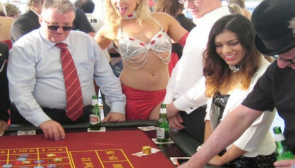Casino Tables – Vic