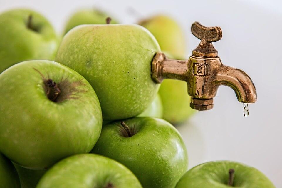 apple-juice-on tap