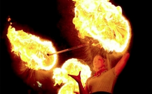 flamettes-450-5-Melbourne-fire-performers