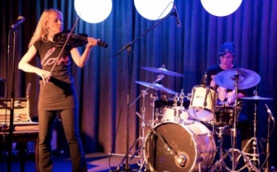 Gisele Scales – Violinist