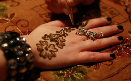 Henna Tattooist