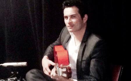 Matt | Acoustic Guitarist