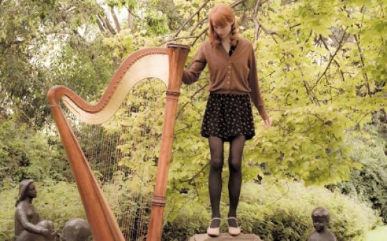 Michelle | Harpist