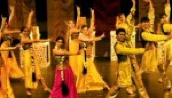 Bollywood Floorshow
