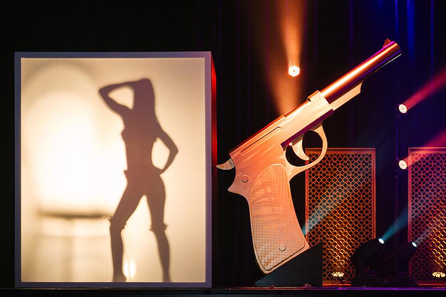 Bond theme Aegis-061