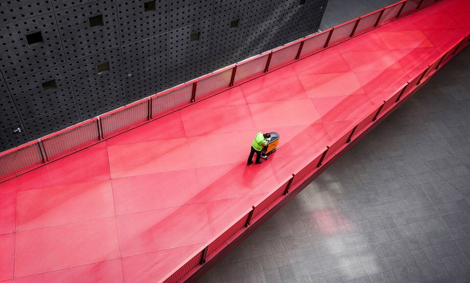 Event logistics-asset tracks and freight