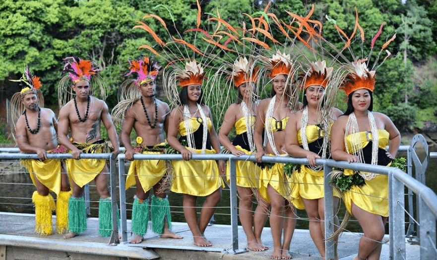 Sydney Island Performers 13