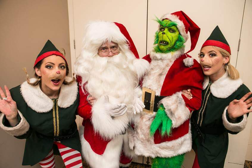 grinch roving performers