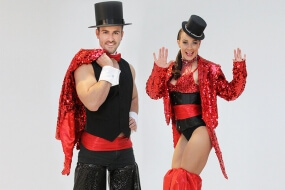 Glitz & Glam Stilt Walkers