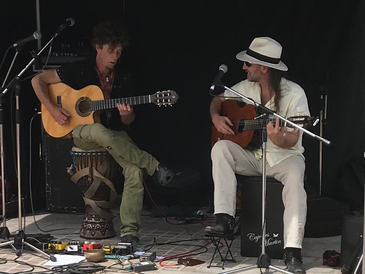 Spanish Vibes | Acoustic Guitar Music Duo