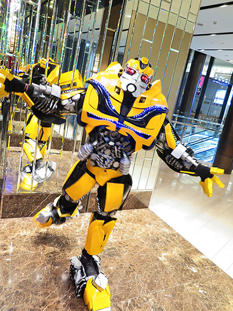 A gallery of transformers cosplay