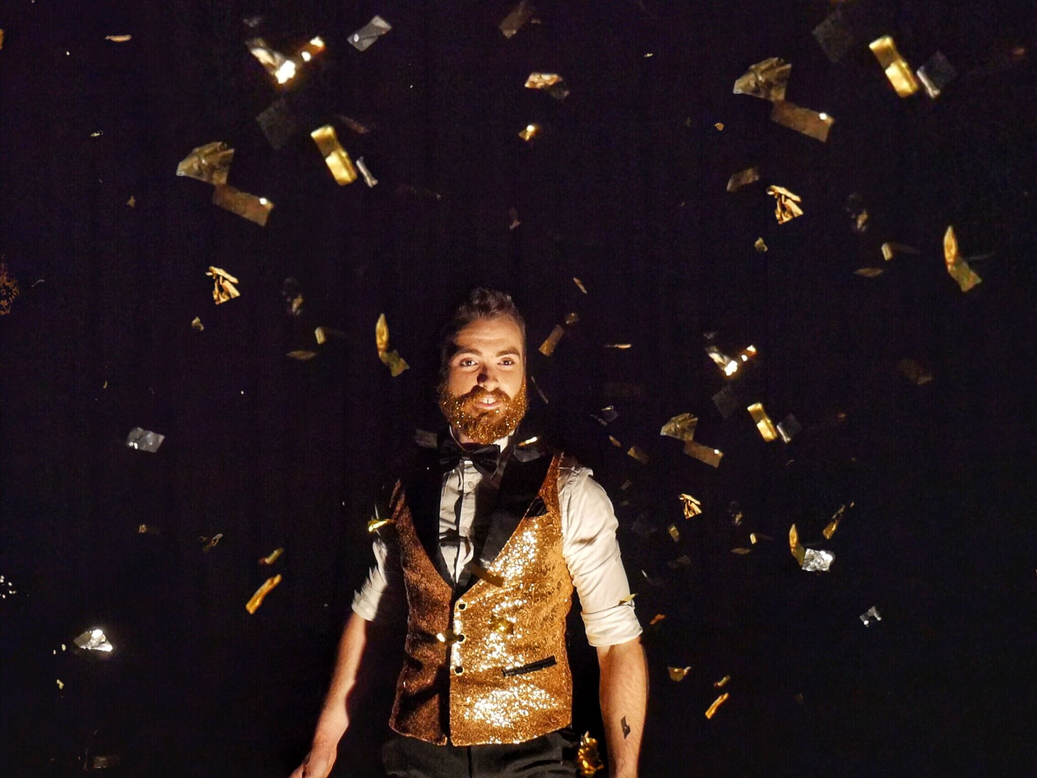 The Glitter Beard Juggler