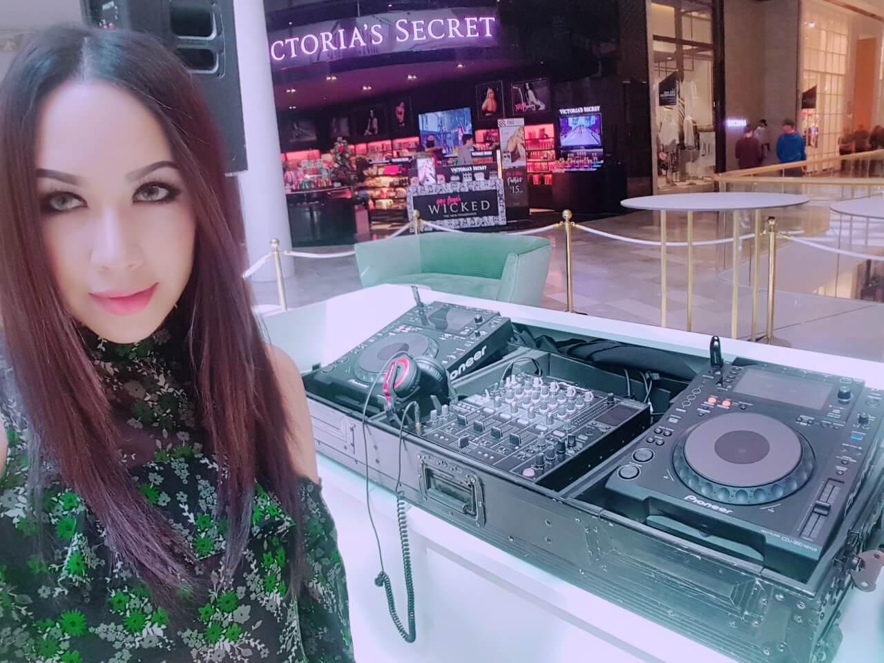 DJ Clara