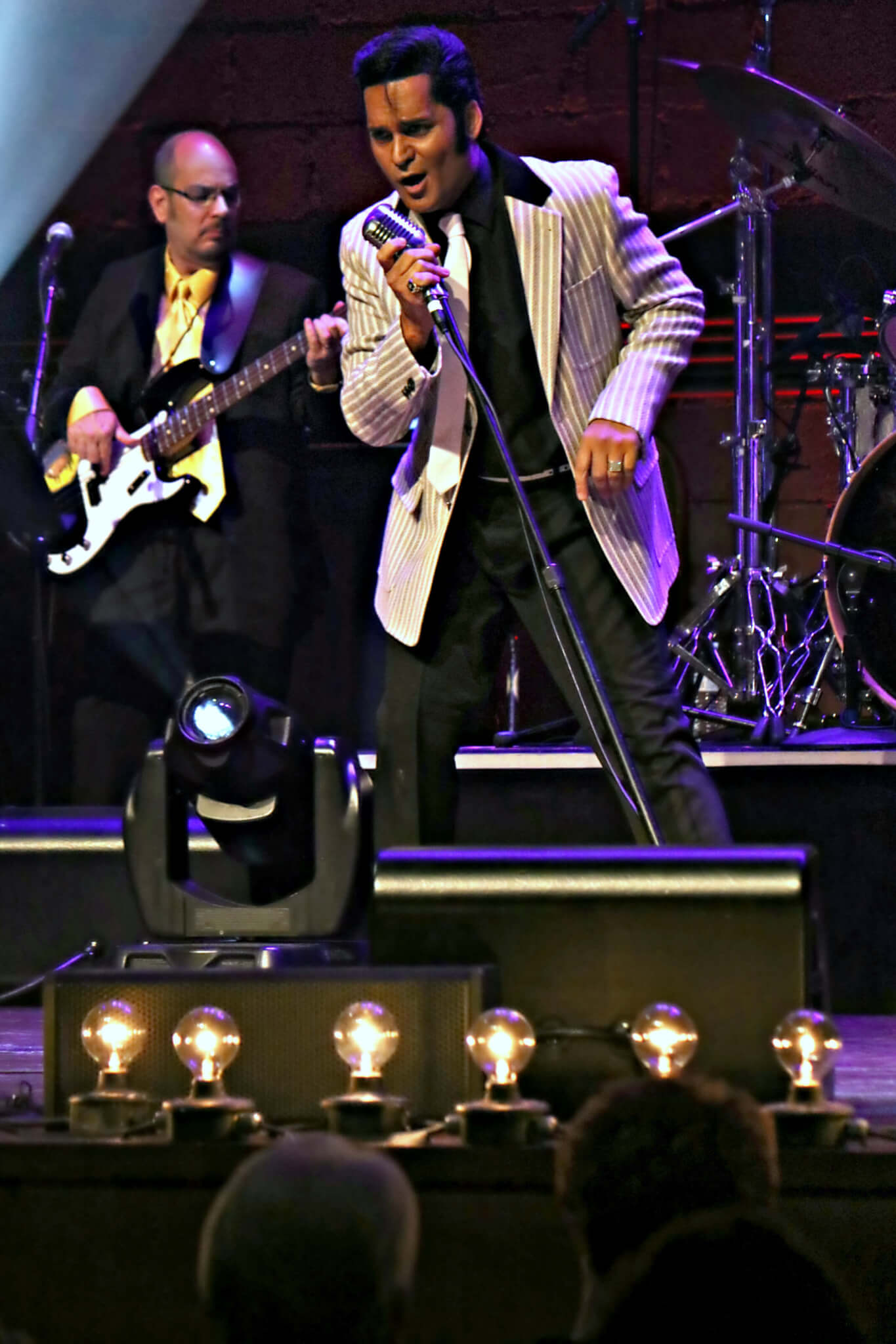 Stu Evey as Elvis | Tribute Show