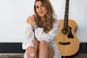 Georgia | Solo Musician Sydney